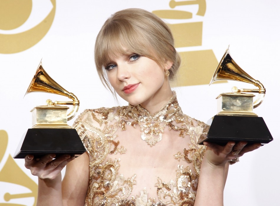 Taylor_at_the_Grammy_Awards