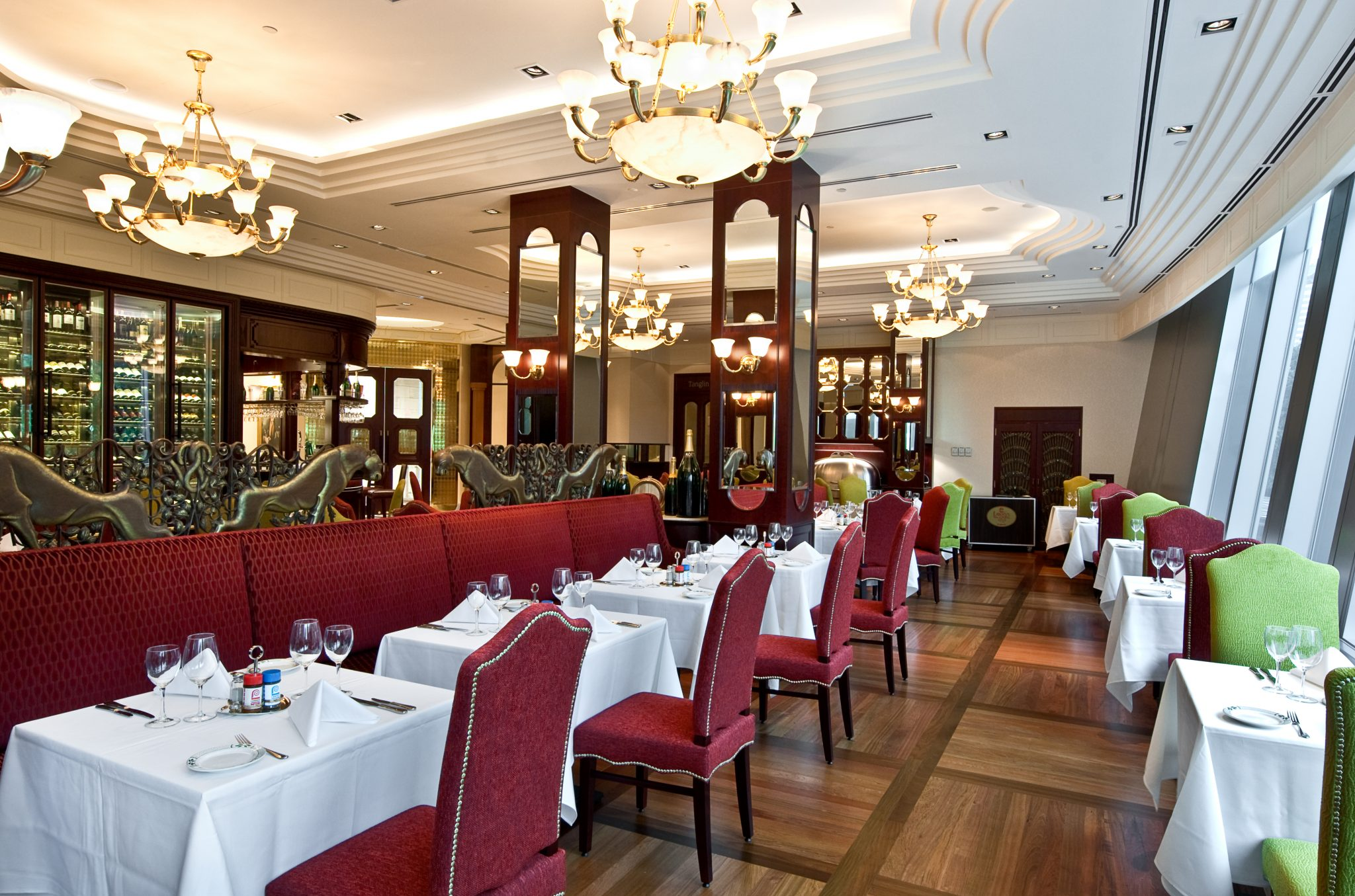 Lawry's Main Dining Interior