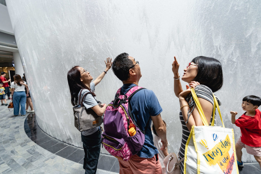 Jewel Changi: Visitors at Waterfall