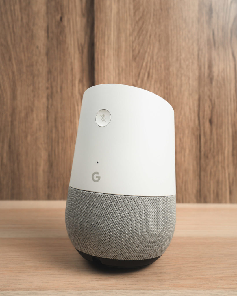 Google Home: Product Shot (2)