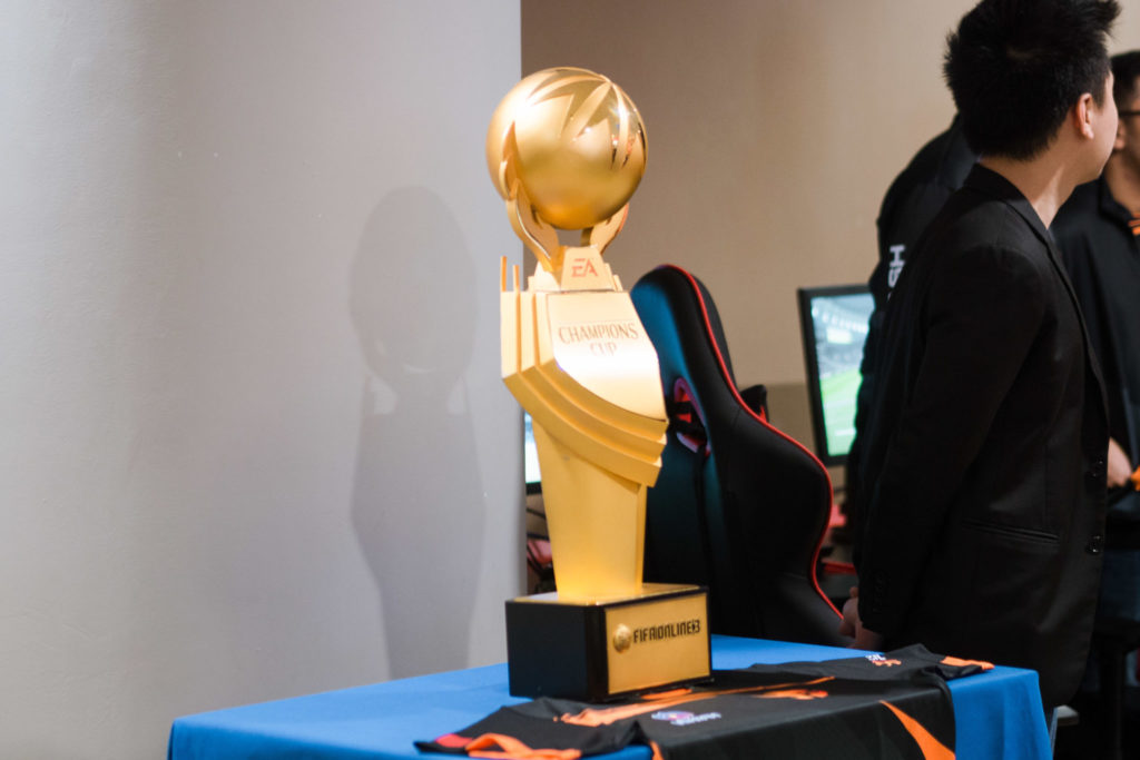 esports facility - team flash trophy