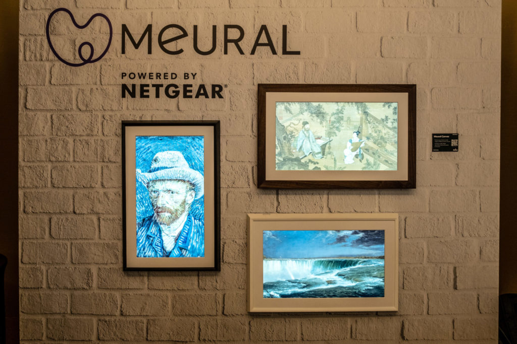 NETGEAR Meural Canvas