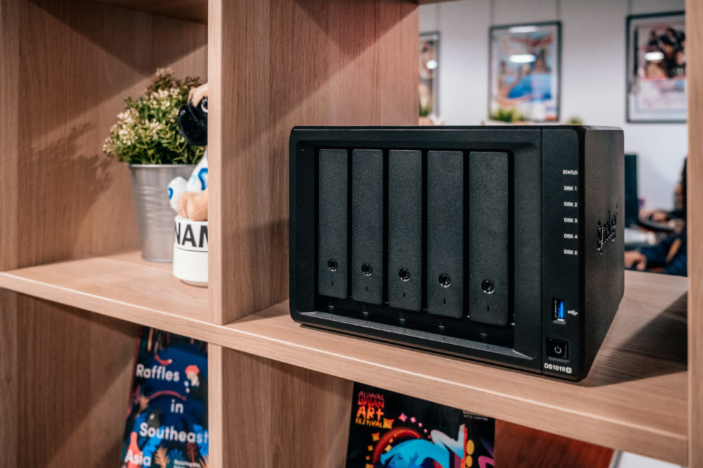 Synology DiskStation DS1019+ Review - Diskstation front shot