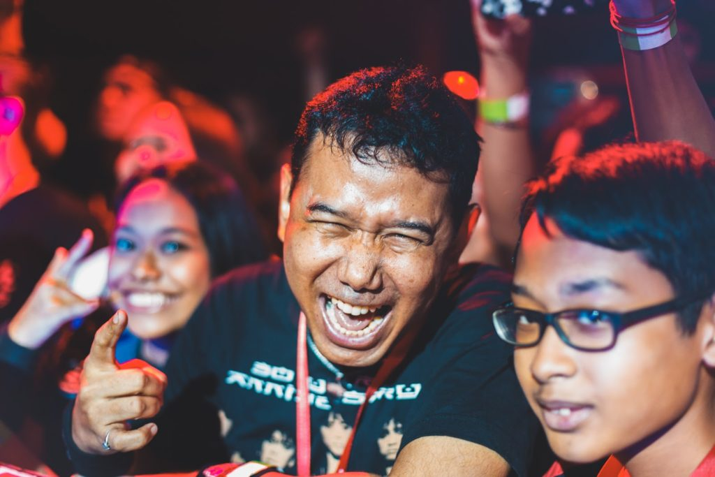 LOUDNESS Live - fans having a blast at the concert