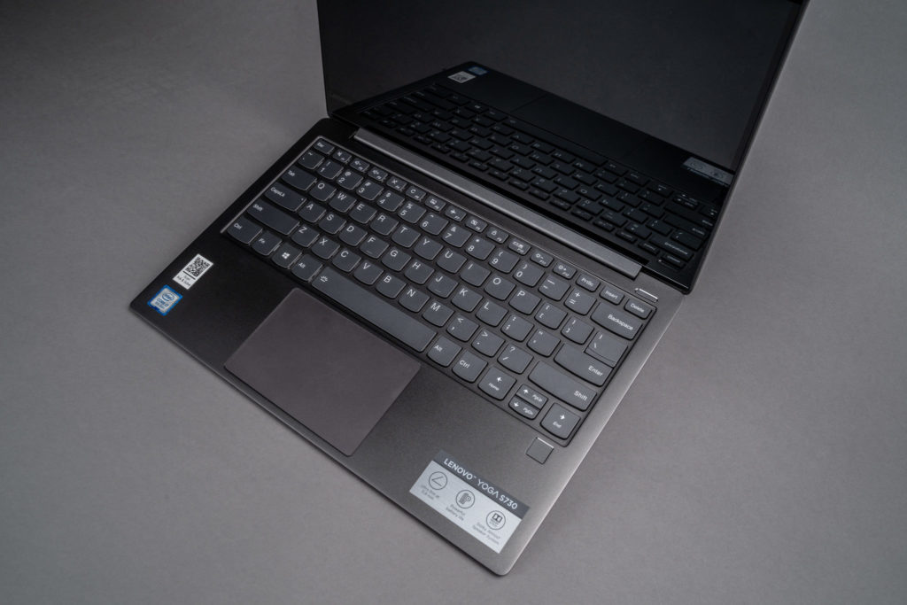 Lenovo Yoga S730 Keyboard and Display