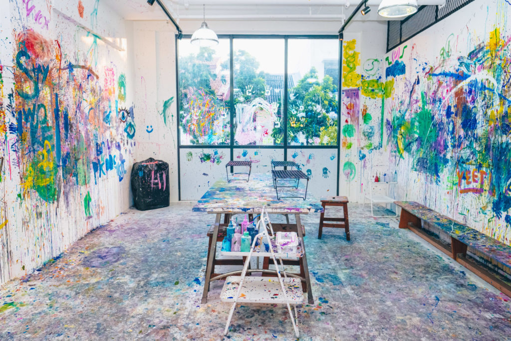 Splat Paint House: Studio