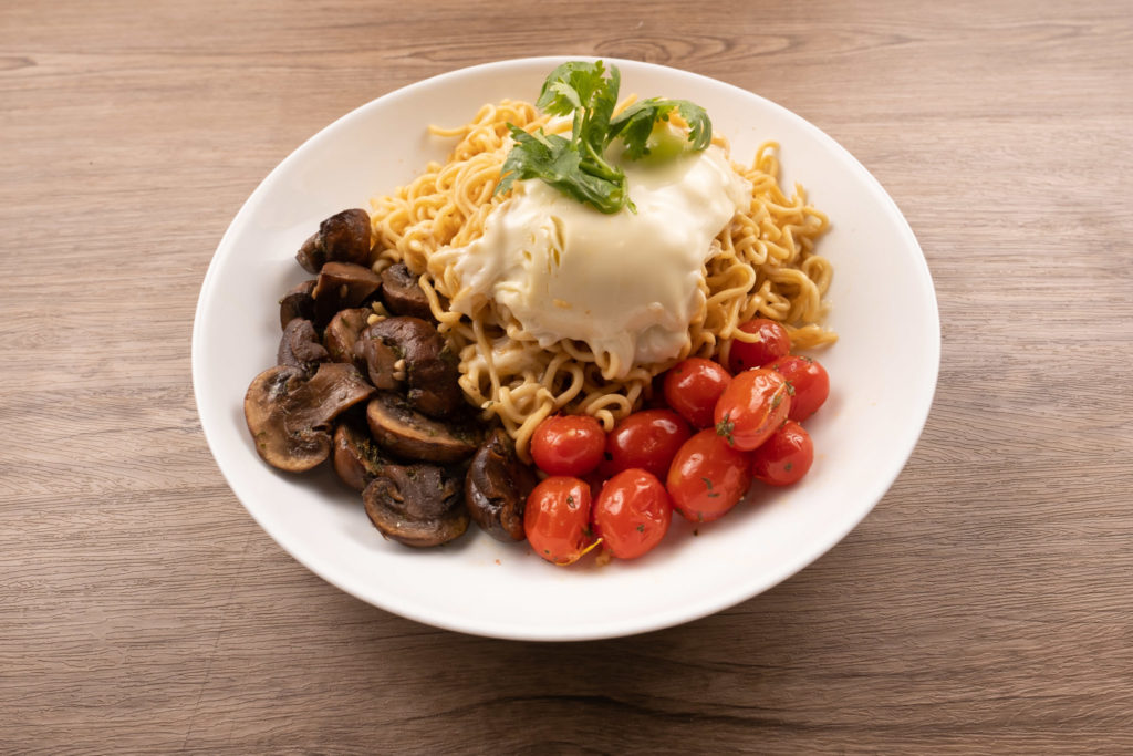 Indomie Muschroom,Cherry, Chedder