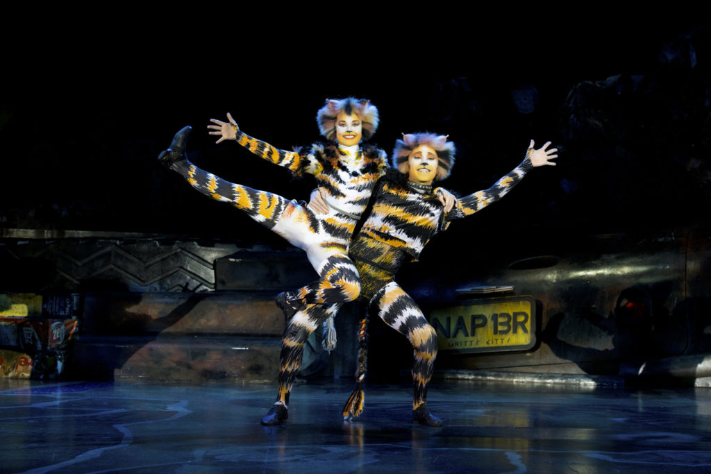 Cats the Musical: Mungojerrie and Rumpleteazer