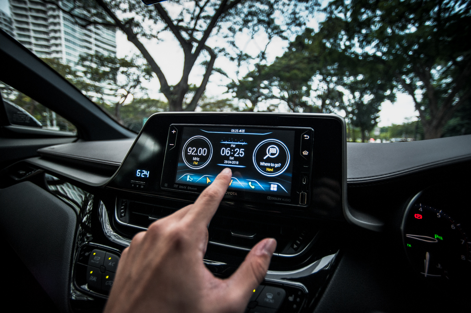 Toyota C-HR: Touch Control Panel