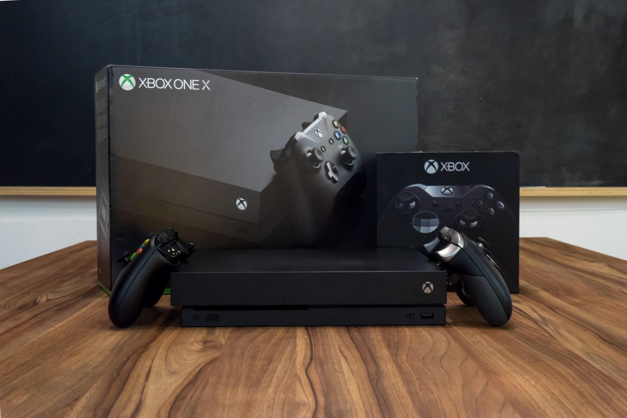 Xbox One X: Overview