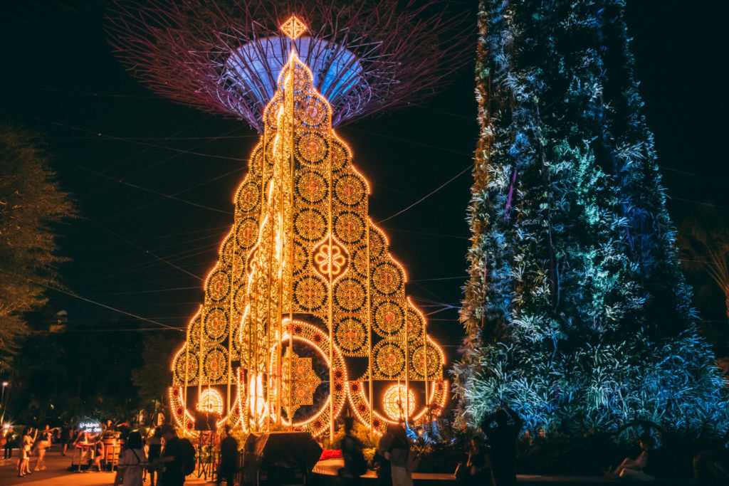 Christmas Wonderland 2018: Golden Tree